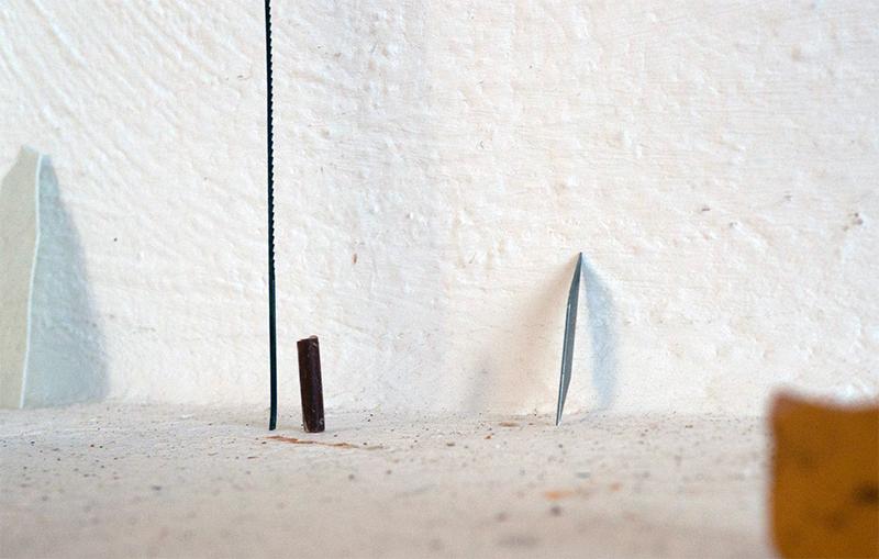 <p>neben (2011) Säge</p>