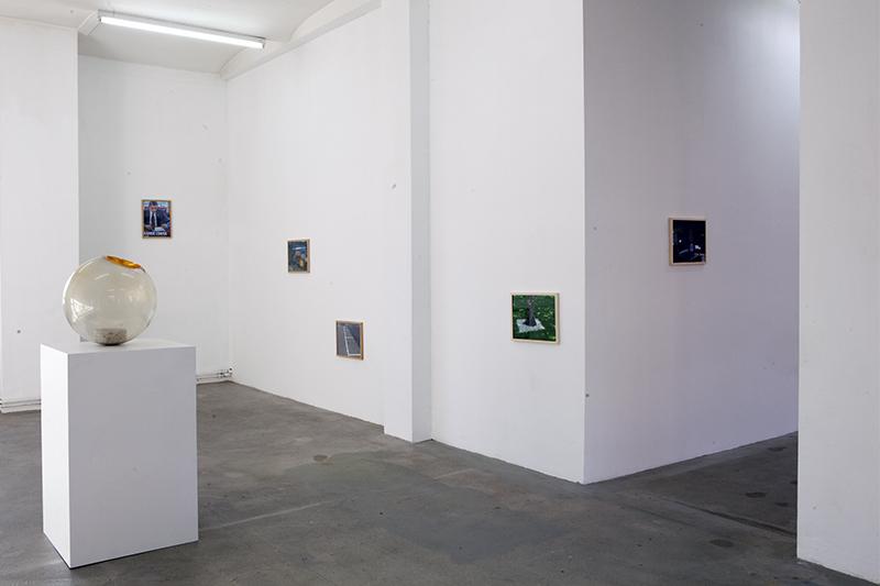 <p>Saumselig (2013) Ausstellungsansicht</p>